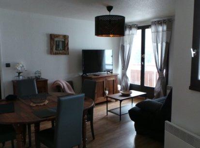 pièce principale appartement Prapoutel